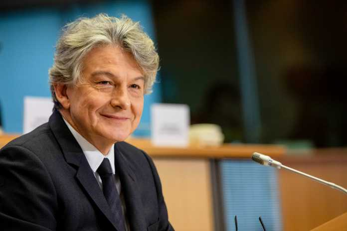 """Es sei eine """"bessere Aufsicht"""" über die großen Online-Plattformen nötig, meint EU-Kommissar Thierry Breton."""