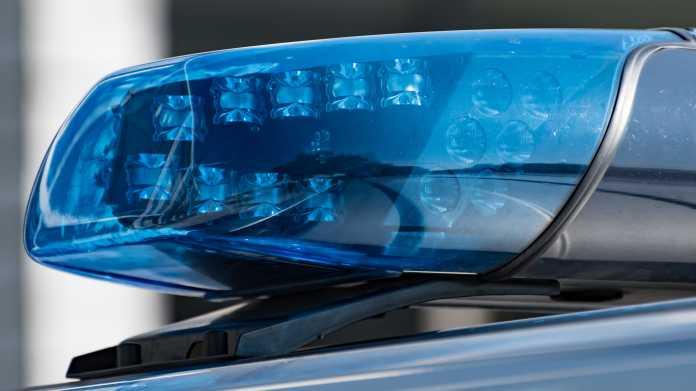Rechtsextreme Äußerungen im Netz: Weitere 16 Verdachtsfälle bei der NRW-Polizei