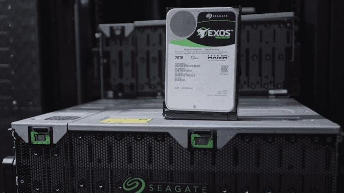 Seagate: HAMR-Festplatte mit 20 TByte kommt im Dezember