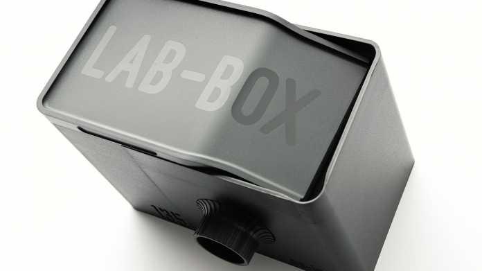 Lab-Box vorgestellt: Filmentwicklung im Mini-Labor bei Tageslicht