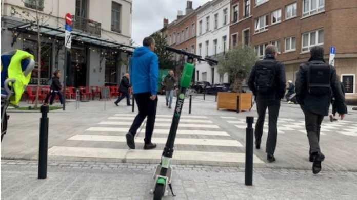 Britischer Unterhaus-Verkehrsausschuss: Legalize E-Tretroller