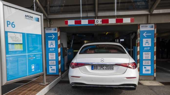 Autonomes Einparken: Parkhaus am Stuttgarter Flughafen wird Testfeld