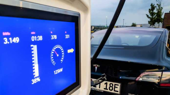 Die Hupe Folge 20: Energiekosten Elektroautos