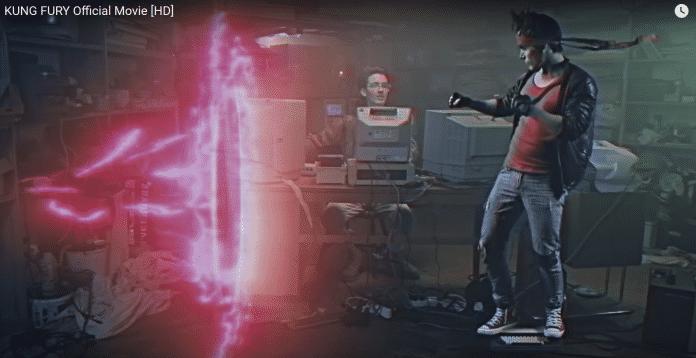 """Im Kurzfilm Kung Fury schickt der """"Hackerman"""" den Helden auf eine Zeitreise."""