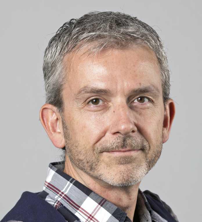 Thomas Kaltschmidt meint: Apple schiebt beim Weglassen des Zubehörs die Umwelt nur vor.