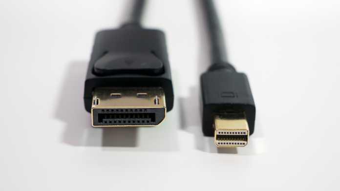 Ein DisplayPort-Stecker und ein MiniDisplayPort-Stecker