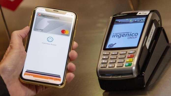 Kontaktloses Bezahlen mit einem Smartphone