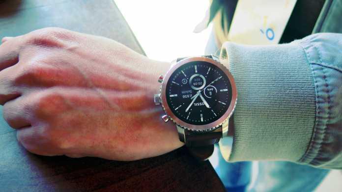Smartwatch an Handgelenk