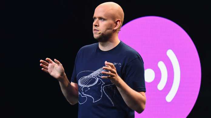 Daniel Ek, CEO von Spotify, hält eine Rede