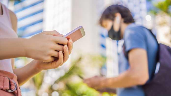 Contact,Tracing,App,Covid-19,Pandemic,Coronavirus,Mobile,Application,-,People