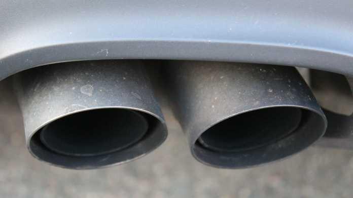 Der Auspuff eines Verbrennungsmotors