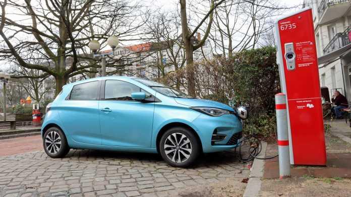 Renault Zoe an Ladestation