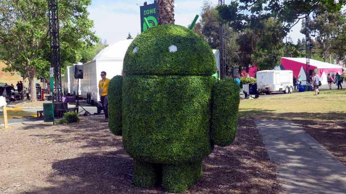 Bush in Form eines Androiden