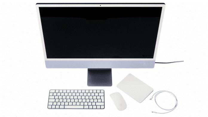 iMac 24 mit Tastatur und Maus