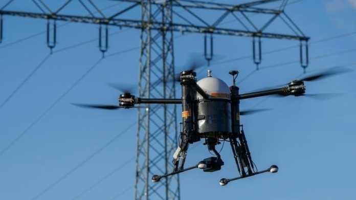 Drohne beim Kontrollflug