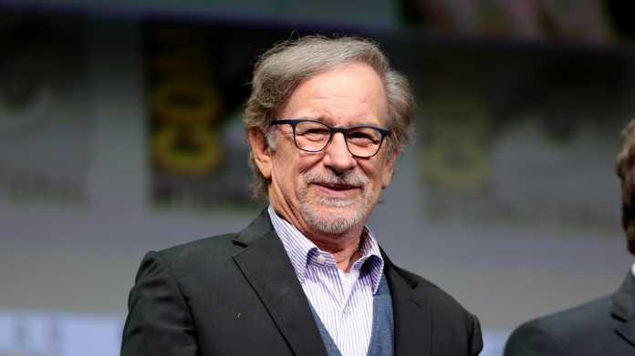 Steven Spielberg in Anzug