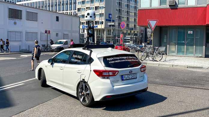 Kamera-Auto für Apple Maps, gesehen im Juni 2020 in Köln.