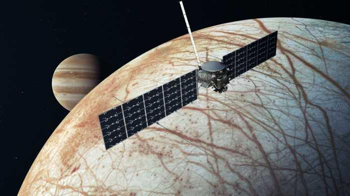 Europa Clipper Sonde über Jupitermond