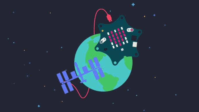 Grafik im Comic-Stil: Vor schwarzem Weltraum ist die Erde zu sehen, außerdem sind der sternförmige Calliope mini und die ISS mit einem Kabel verbunden.