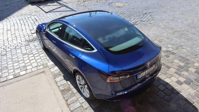 E-Sports: Unterwegs im Tesla Model 3 SR+