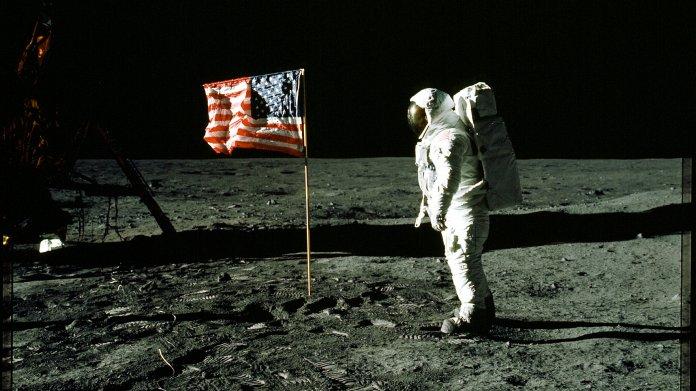 Wem gehört der Mond? Experten fordern Regeln für den Weltraum