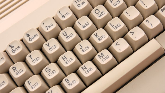 Developer Ports Slack to a 1982-era Commodore 64 - The New