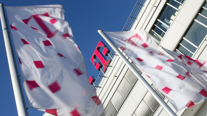 Telekom-Aktionäre kommen Schadenersatz entscheidend näher
