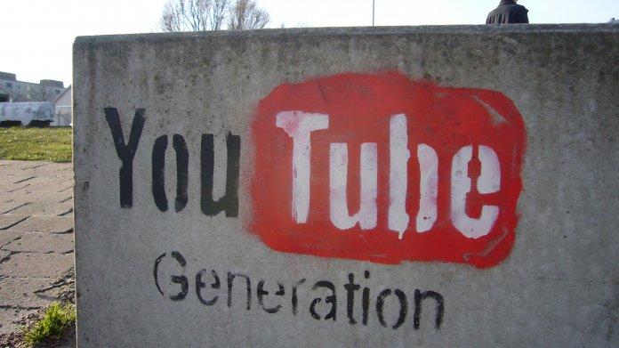 """Graffiti """"YouTube Generation"""""""