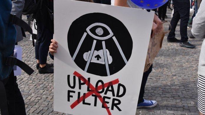 EU-Urheberrechtsreform: Rund 200 Bürger demonstrieren gegen Upload-Filter