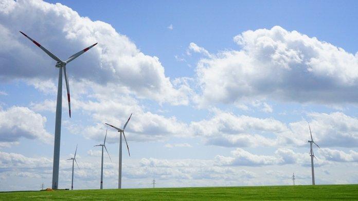 Erneuerbare Energien: Anteil am globalen Verbrauch steigt schneller