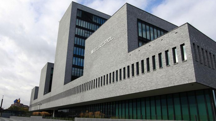 Crypto Wars: Europol sucht den EU-Trojaner