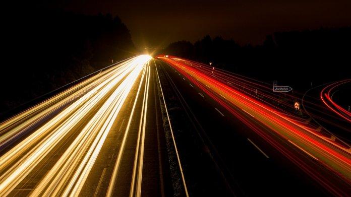 BDI: Elektroautos und CO2-neutrale Verbrenner gegen den Klimawandel