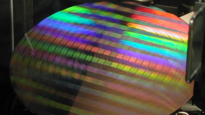 Quantencomputer: Intel verkürzt Entwicklungszyklus der Qubit-Wafer