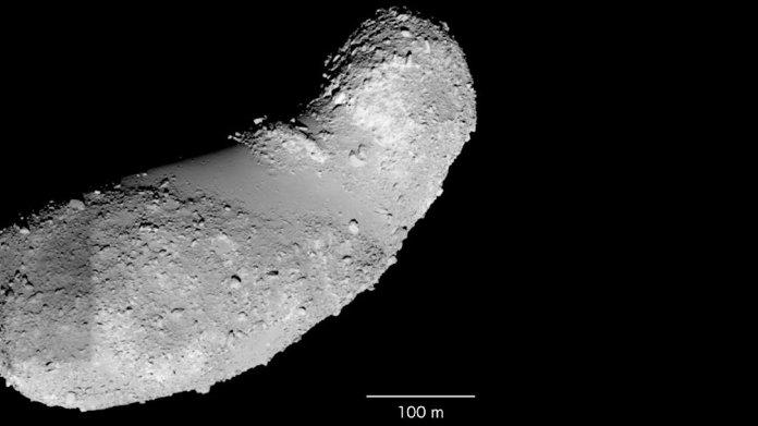 Hinweis zur Erdgeschichte: Überraschend Wasser auf Asteroid Itokawa gefunden