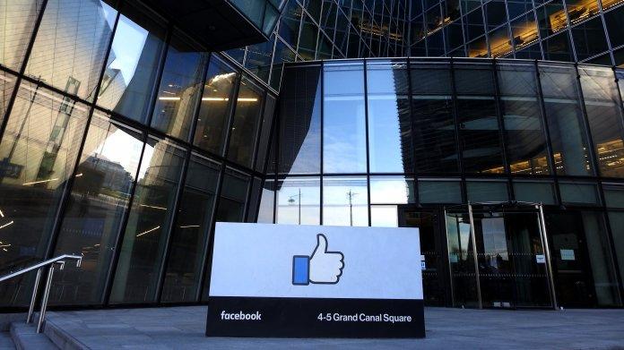 Facebook: Milliarden-Strafe belastet Gewinn