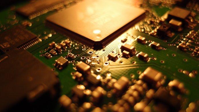 Bundesregierung sieht Behördenrechner gegen Meltdown und Spectre gewappnet