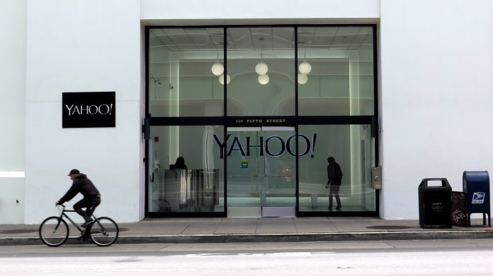 Eingang zu Bürogebäude