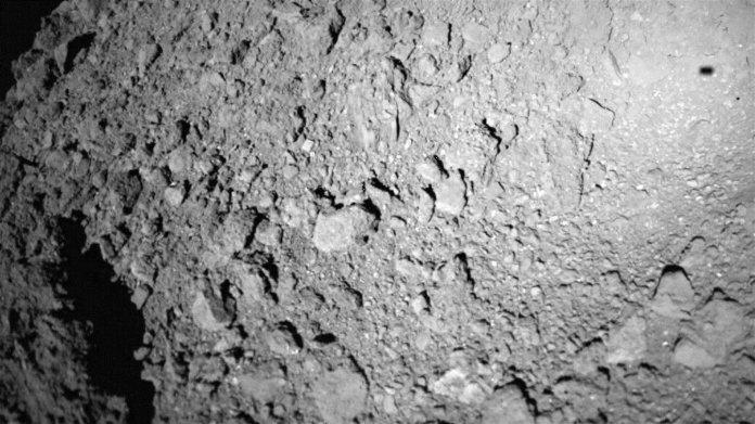 Ryugu und Bennu – Asteroiden und ihre Merkwürdigkeiten