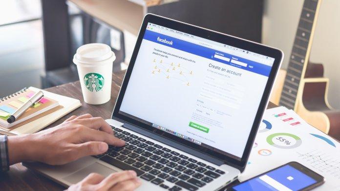 Politiker dürfen bei Facebook auch Fake News posten