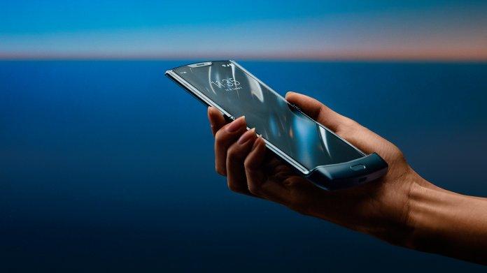 Razr: Motorola legt Handy-Klassiker mit Falt-Display neu auf