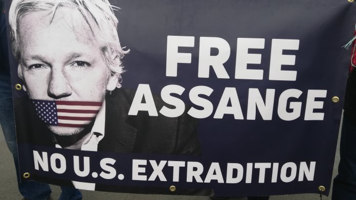36C3: Der Fall Wikileaks