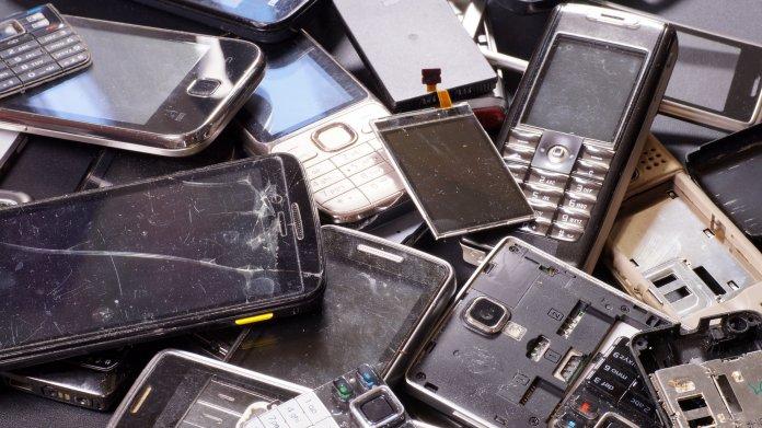 Elektroschrott: Grüne fordern Pfandpflicht für Handys und Recht auf Reparatur