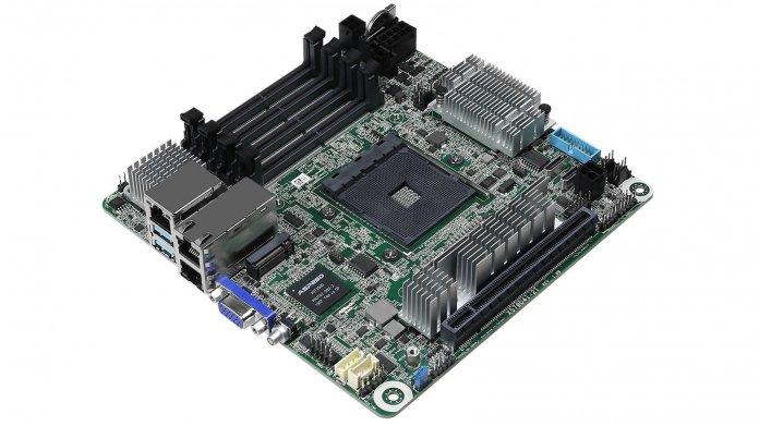 AMD Ryzen: Mini-ITX-Mainboard mit vier Speicherriegeln und 10-Gigabit-Ethernet