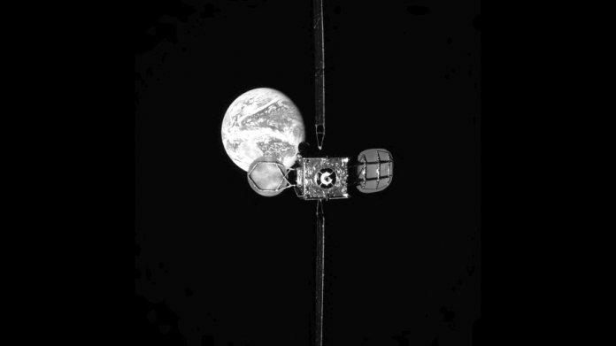 Nachtanken im Orbit: Erstmals zwei kommerzielle Satelliten angedockt