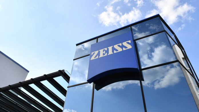 Zeiss baut Softwarebereich mit Übernahme von Saxonia Systems aus