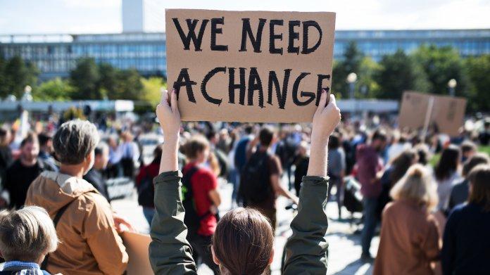Expertenbericht: Vier digitale Disruptionsfaktoren für mehr Nachhaltigkeit in der Klimakrise