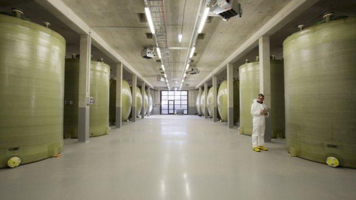 Stromspeicher dringend nötig - Fraunhofer-Institut rüstet auf