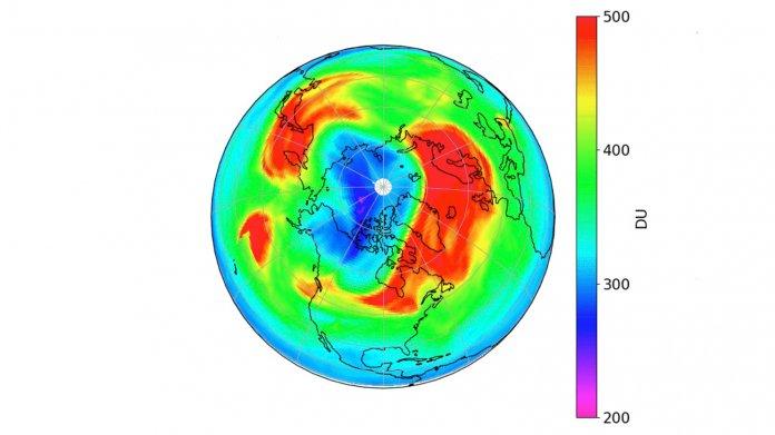 Forscher sehen erstmals Ozonloch über dem Nordpol