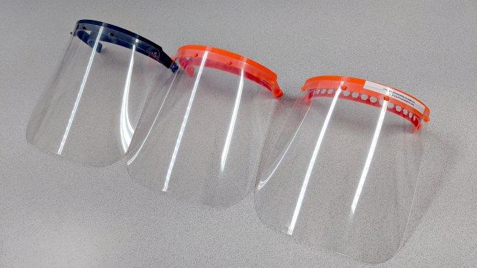 Spendenaufruf: MakerVsVirus baut Face Shields für Kliniken