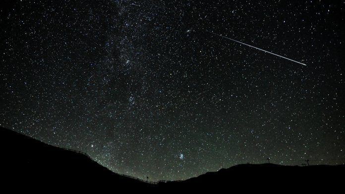 Wie finden wir Außerirdische? Star-Astronomen stoßen Debatte an